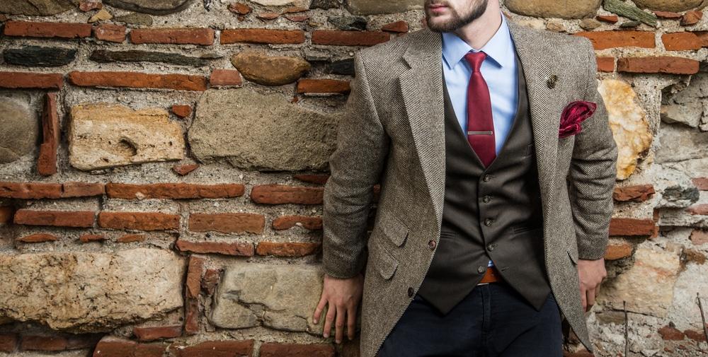 Comment boutonner un gilet de costume