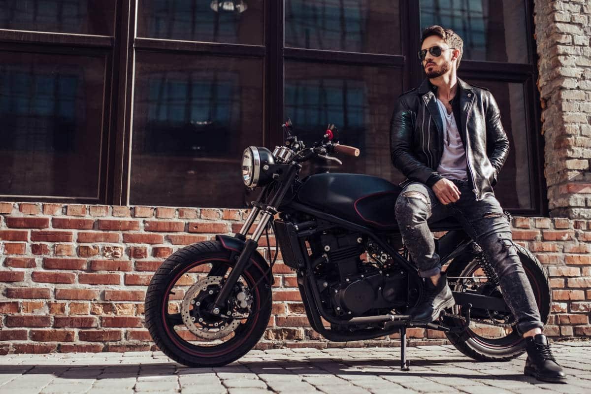 La Comment En Rester Moto Faisant De Élégant oxECeQrdWB