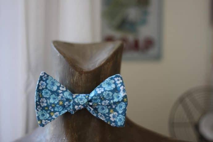 Noeud papillon liberty bleu